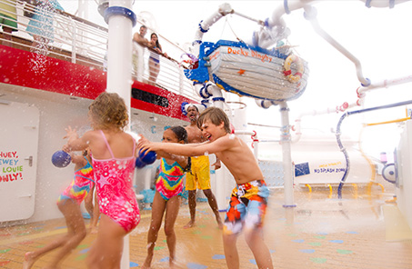 kids playing on Disney Fantasy cruise ship