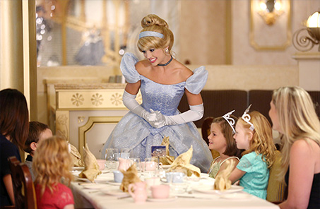 Disney cruise kids dining with Cinderella princess